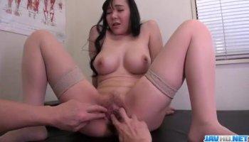 Curvy babe Keisha Grey eats and tongues Nina North's wet slit