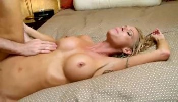 Milf Sucks Off His Cock While Daughter Is Away