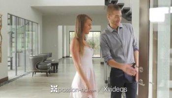 Beautiful porn clip of Ariadna fucking a guy