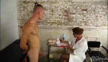 Man is having fun pounding chicks anal canal