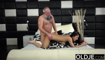 Sexy Alice needed a meaty dick to fuck